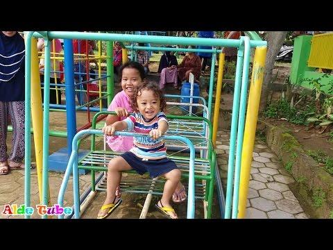 Deba Naik Odong Odong - Jungkat Jungkit dan Ayunan - Outdoor Playground Fun for Children