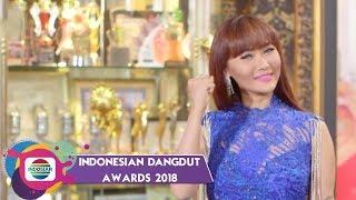 Download Lagu Inul Daratista Berhasil Meraih Penghargaan Kostum Dangdut Terbaik Gratis STAFABAND