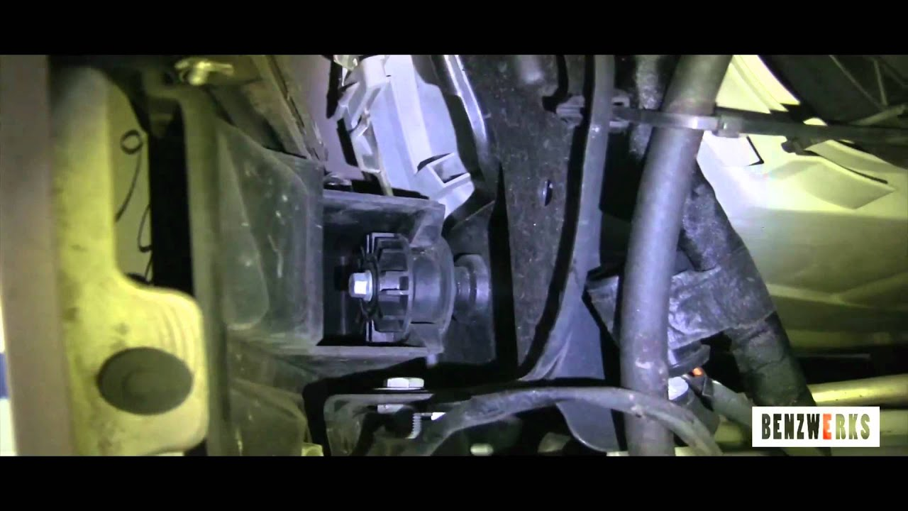 Mercedes Benz C Grill Removal