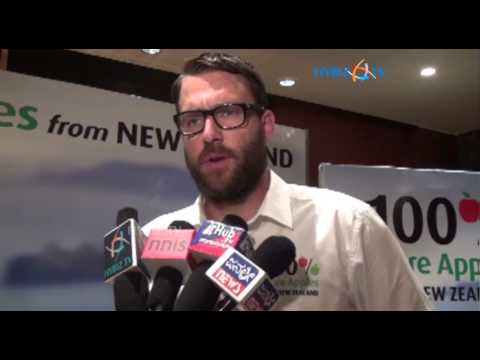 Daniel Vettori at newzeland apples launch in banglore