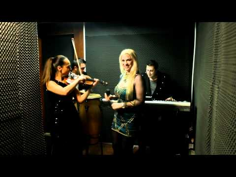 Sonerie telefon » I WILL SURVIVE – CAN'T TAKE MY EYES OF YOU – STEFANIA SI GEORGE CALOFIR BAND