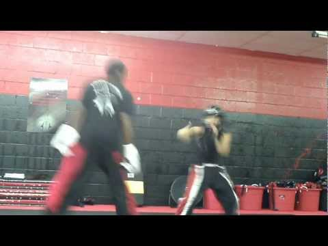 Sisok Troy &quot;Legacy&quot; Daniels Point Sparring