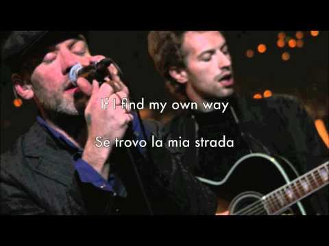 Michael Stipe (REM) Ft Chris Martin (Coldplay) - In The Sun (testo e traduzione)