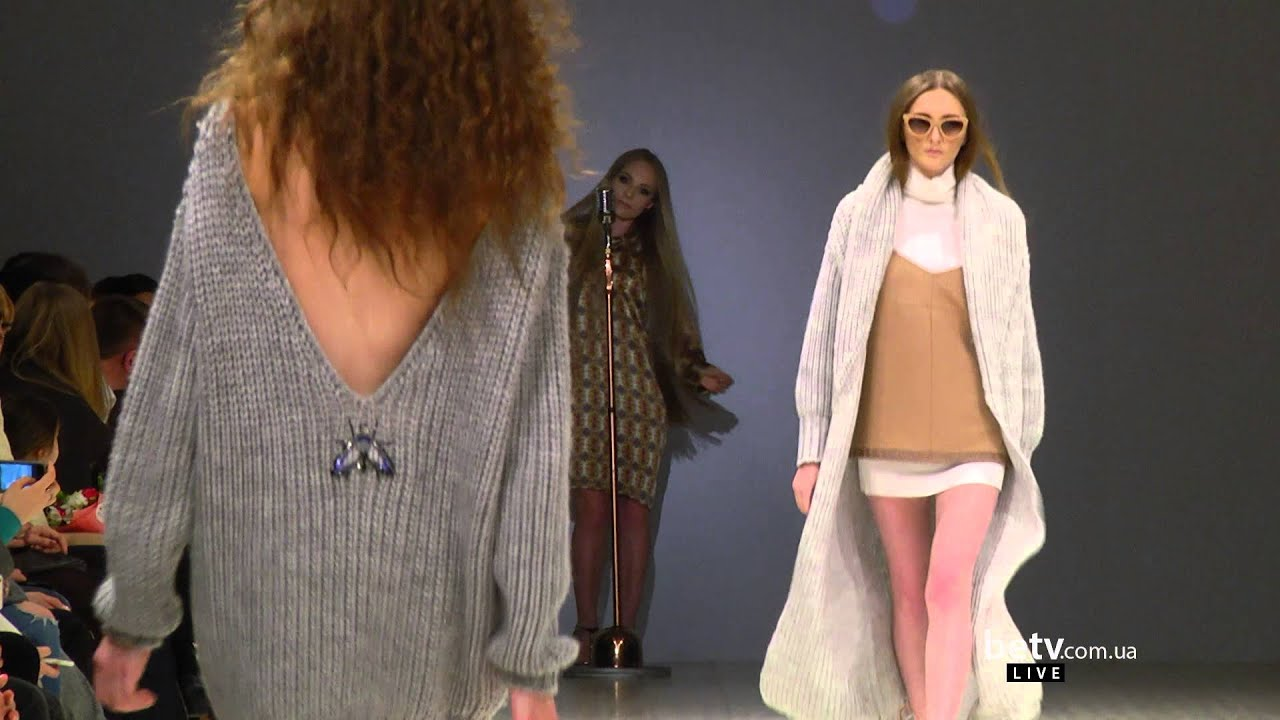 Youtube fashion week live 93