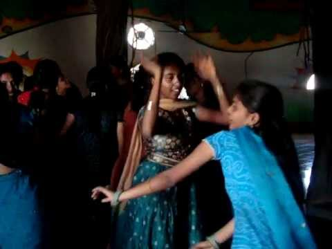 Shocking Dance By College Girl's In Hyderabad Style video