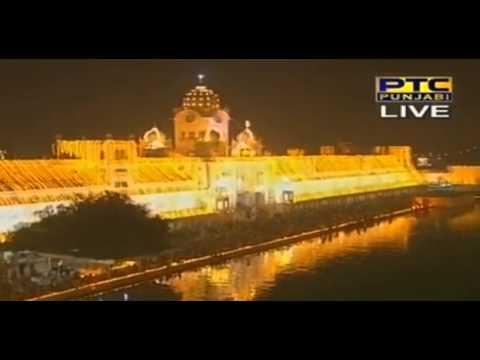Bandi Chhor Divas Aarti Gurbani Keertan + Fireworks & Deepmala, Sri Darbar Sahib Amritsar video