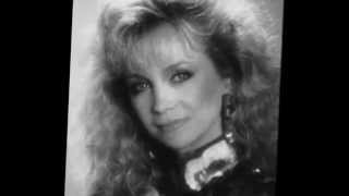 Watch Barbara Mandrell Crackers video