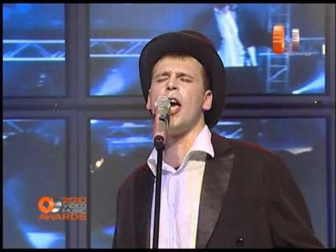Опоздавшие к лету - Маньяк (Live @ OE Video Music Awards, 2010)