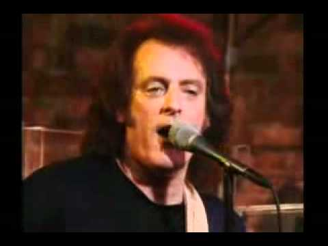 Tommy James & The Shondells - I Think We're Alone Now (live) video