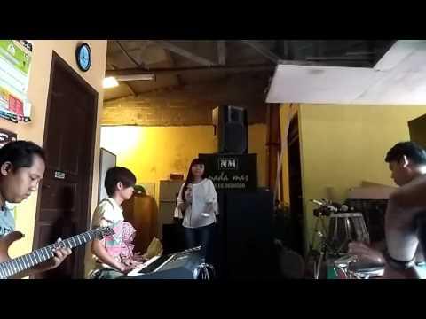 download lagu KASIH SAYANG - DANGDUT ELECTONE BATAM gratis