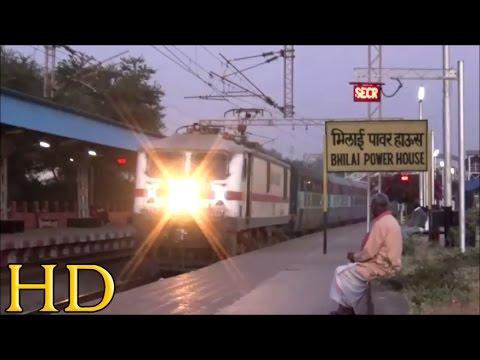 Old Man Rubbing Tobacco Vs Tkd Wap-7 Destroys Bhilai Power House With 12807 Samta Express video