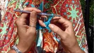 How to make a Double crochet stitch (dc) (Left handed)