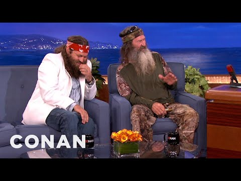 and willie robertson interview conan on tbs phil and willie robertson