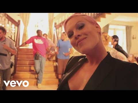 P!nk - Blow Me (one Last Kiss) (behind The Scenes) video
