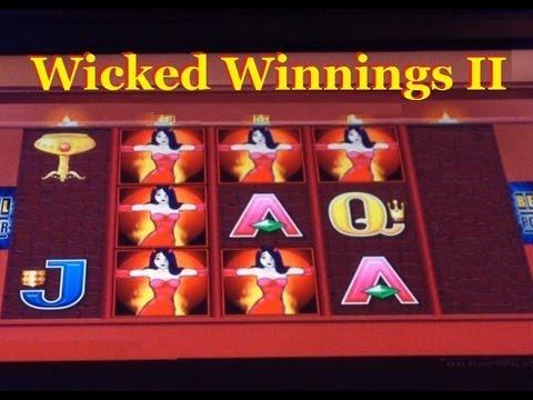 Wicked winnings slot machine bonus
