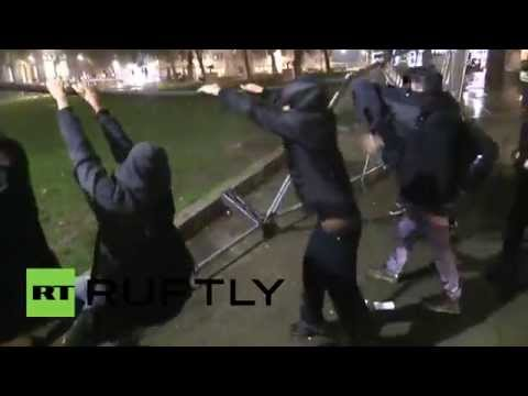UK: Ferguson protesters scuffle with London