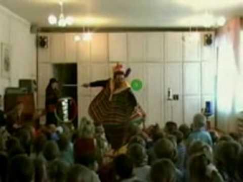 Ilya Bastrakov magic show in kindergarten