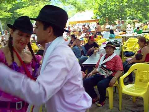 Bailando carranga con sabor 2011