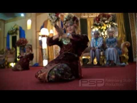 Tari Gending Sriwijaya Palembang video