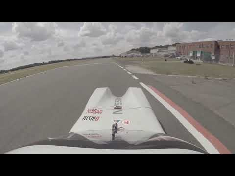 Driver's-eye view: Top Gear Track Lap  - TopGear iPhone and iPad Magazine