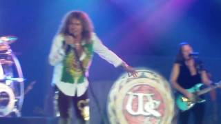 Watch Whitesnake Dogs In The Street video