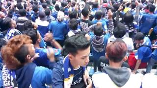Download Lagu Tribun selatan bergoyang Gratis STAFABAND