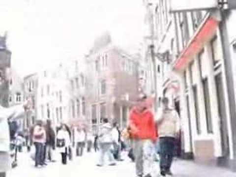 video nel red light district di amsterdam video live sex show donne in ...