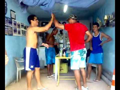 Aula de dança gratis com Lócio