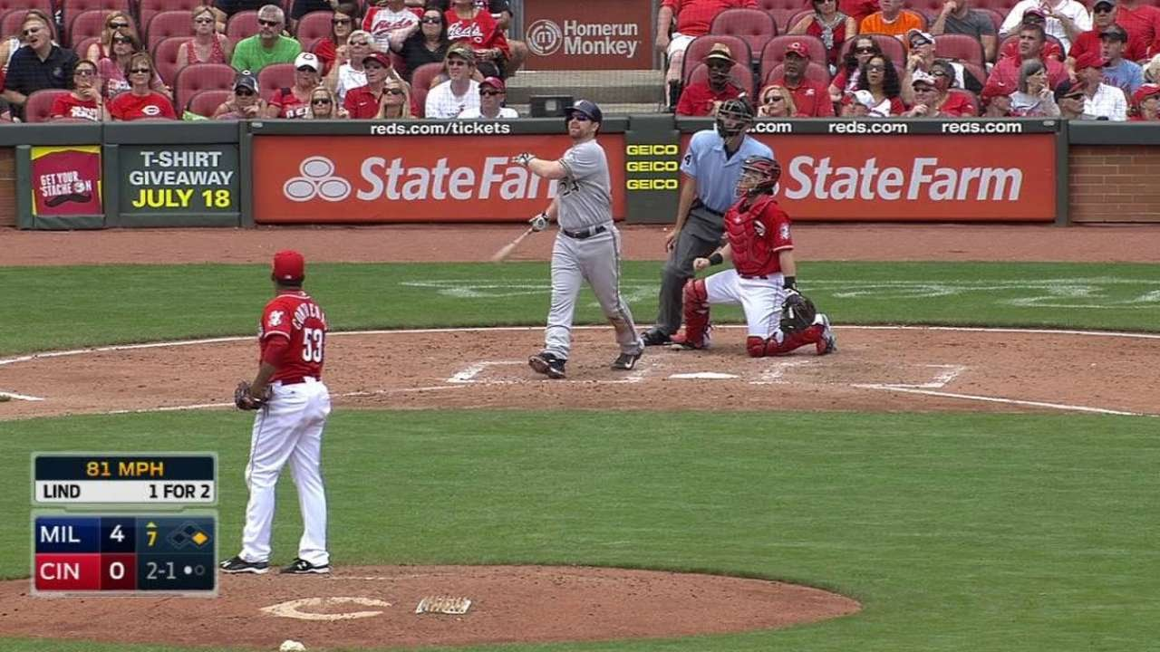 MIL@CIN: Lind clubs a two-run homer to right