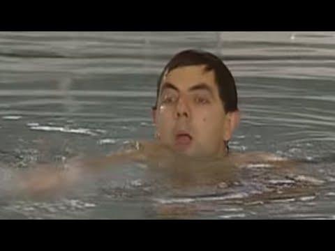 Mr Bean - Naked swimming