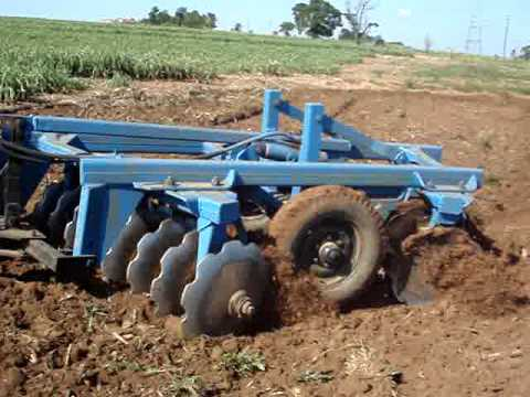 TRATOR NEW HOLLAND 7630 GRADEANDO TERRA  3