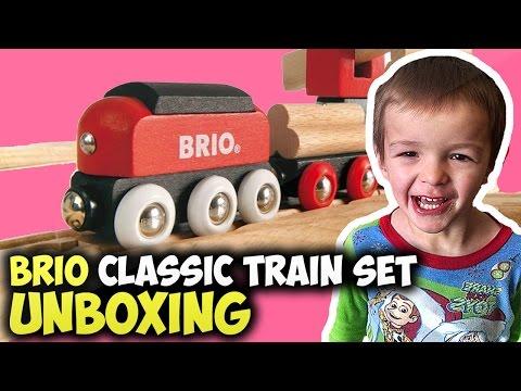 Brio Classic Train Set unboxing & Review | Boys Toys Reviews