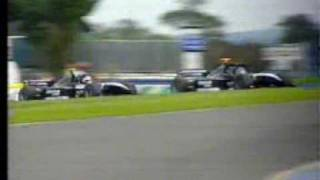 Nigel Mansell crashes F1 Minardi Two-Seater at Donington 2001