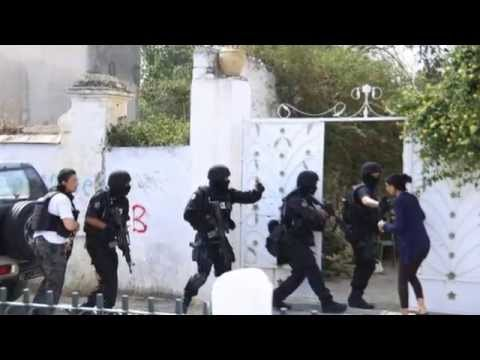 Tunisian soldier opens fire on troops at Tunis base.