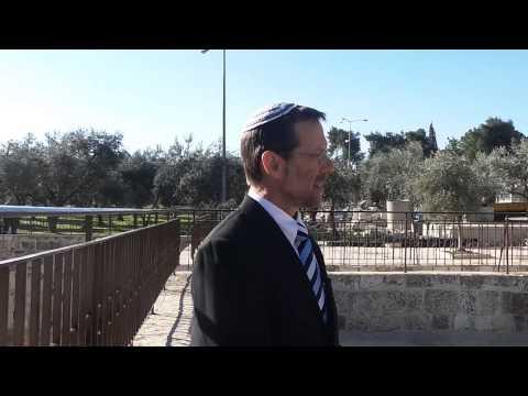 """סיור מרגש עם חה""""כ פייגלין בהר הבית Amazing Tour of Temple Mount with Moshe Feiglin"""