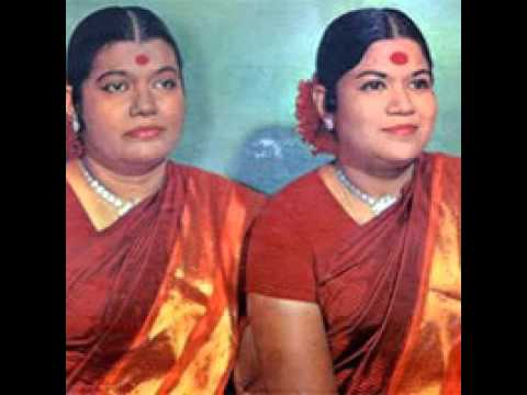 మహిషా సుర మర్ధిని స్తోత్రం || Aigiri Nandini || Mahishasura Mardini Stotram- Sulamangalam sisters