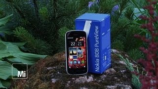 Nokia PureView 808.  .