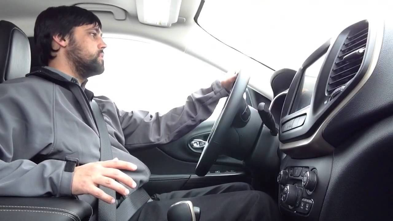 Grieger 39 S Motor Sales 2014 Jeep Cherokee 4x4 Winter Test