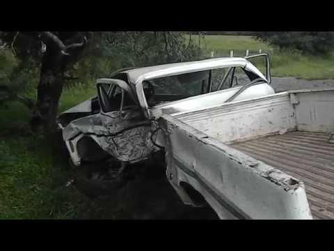 Dos lesionados en fuerte choque en la autopista a Colima