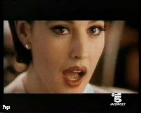 Tinto Brass + Monica Bellucci = Spot Infiore thumbnail