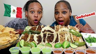 How To Eat Mexican Street Tacos | Mukbang
