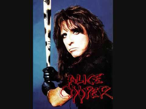 BACKYARDBRAWL-ALICE COOPER!