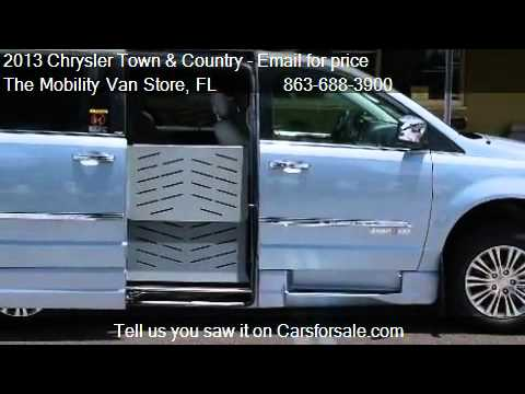 2013 Chrysler Town and Country Touring-L - for sale in Lakel