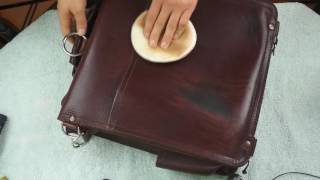 Saddleback Messenger Bag after 4 years - review and cleaning - ASMR