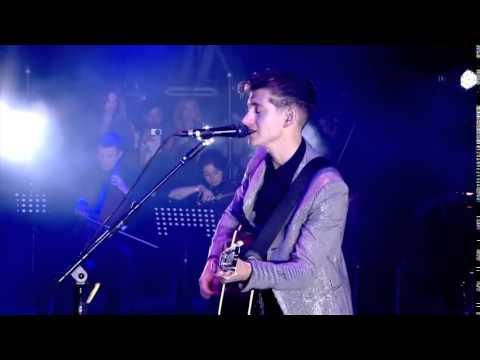 Arctic Monkeys - Mardy Bum Live