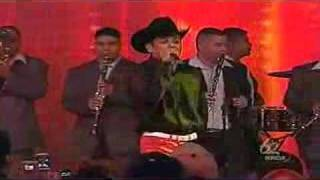 Watch El Potro De Sinaloa Chuy Y Mauricio video