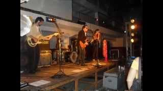 DJ CASE, E A BANDA GOOD TIMES NO COUNTRY CLUB DE JACARAPAGUÁ.wmv