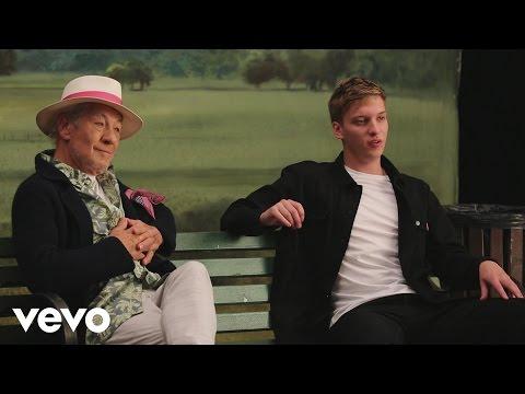 George Ezra - Listen To The Man (Behind The Scenes)
