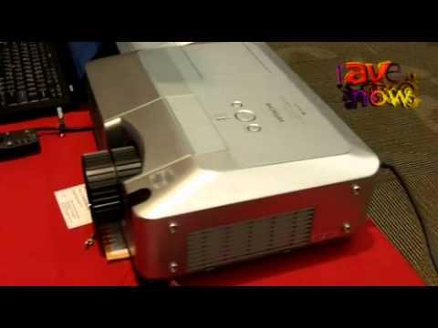 E4 AV Tour: Hitachi Shows New WUXGA Projector