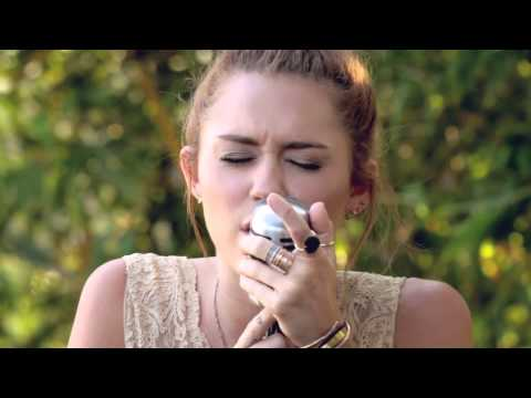 Miley Cyrus - The Backyard Sessions - jolene video